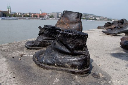 Memorial Shoes - Shoes on the Danube Bank