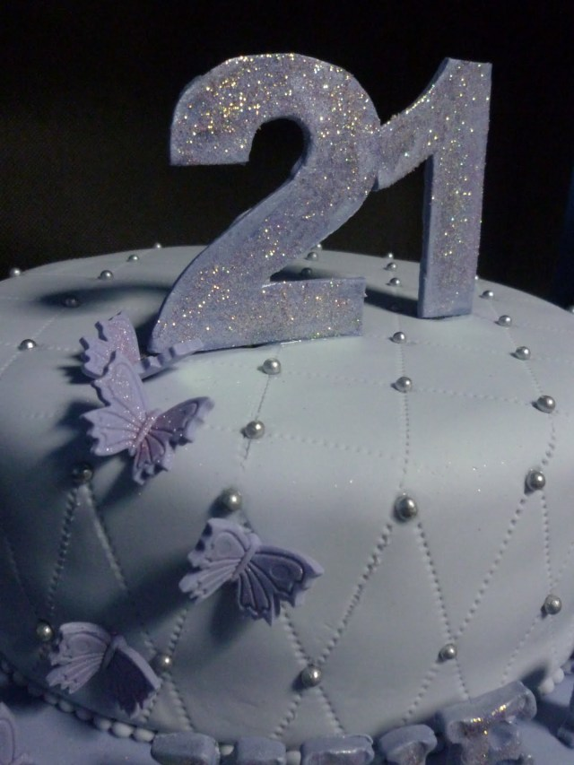 21 Birthday Cakes For Her A Little Taste Of Heaven Music Lovers 21st Birthday