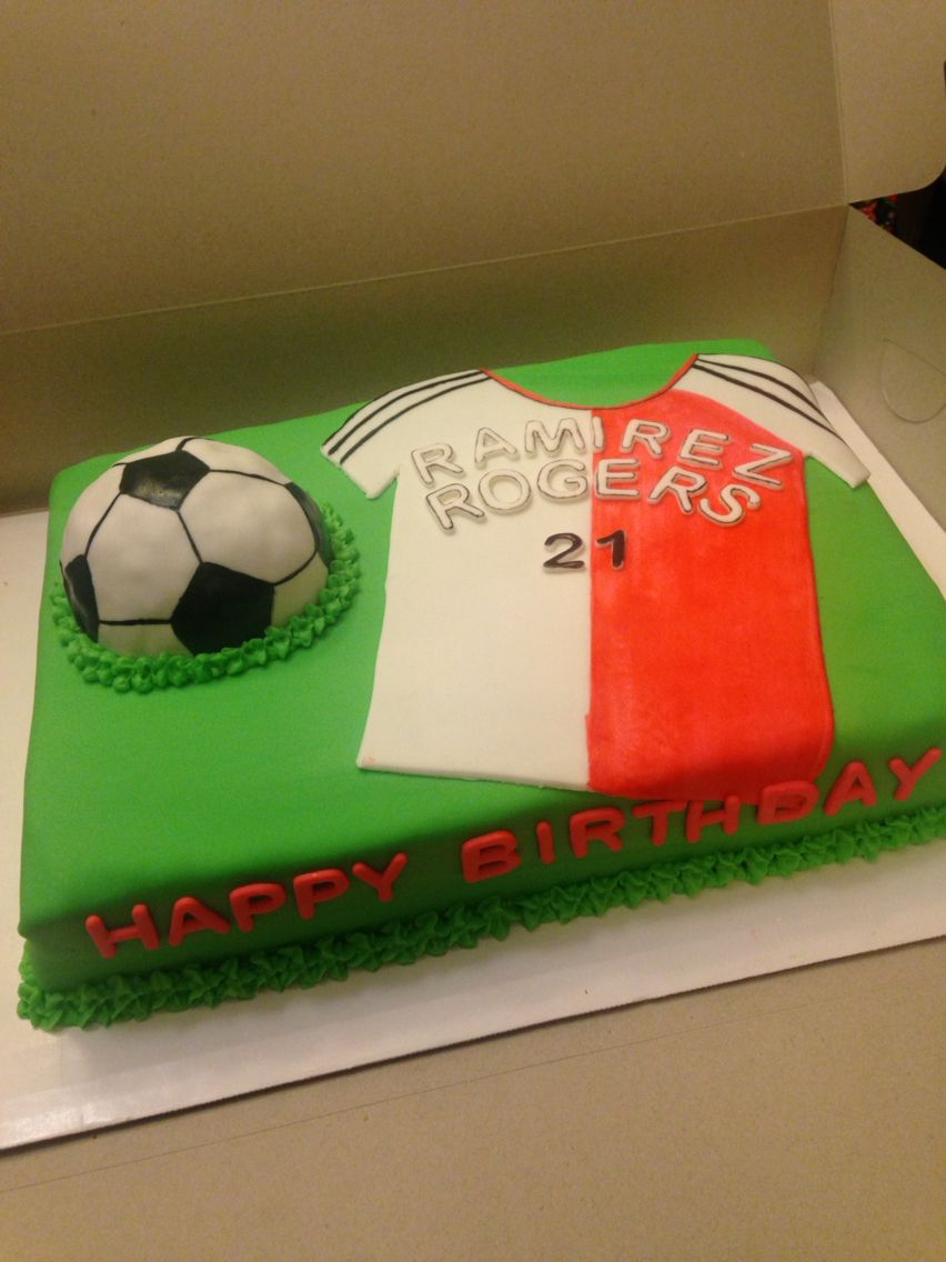 Birthday Cake For 12 Year Old Boy This Cake Was For A 12 Year Old Boy It Was A Yellow Cake With A