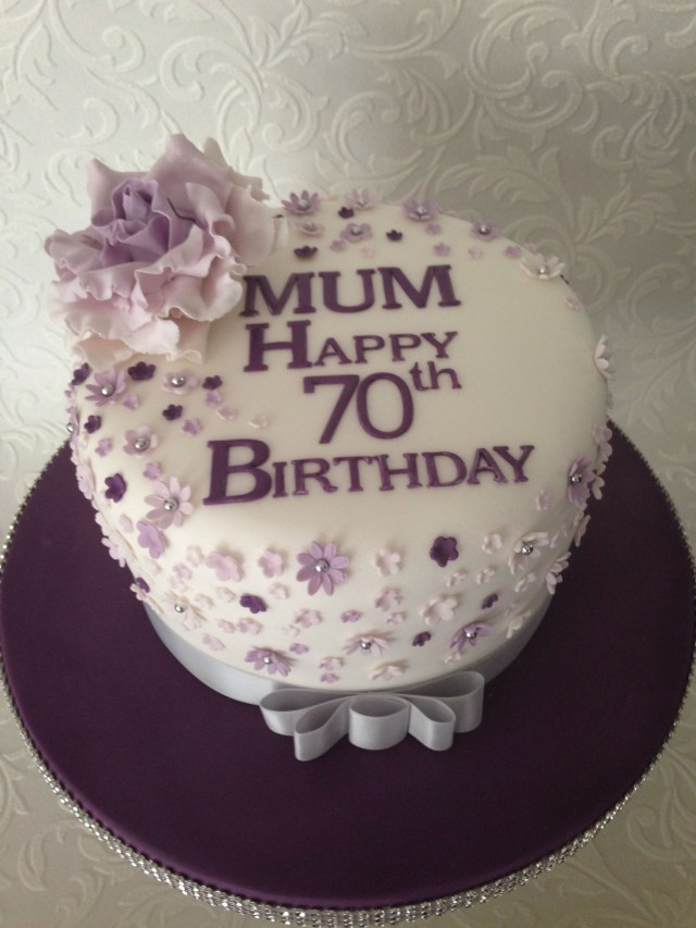 Awesome 27 Pretty Photo Of Birthday Cake For Mom Birijus Com Personalised Birthday Cards Bromeletsinfo