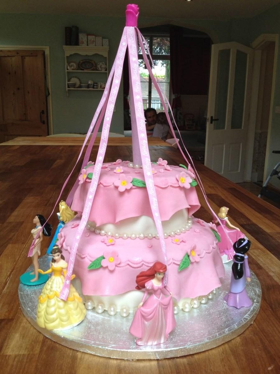 Stupendous Birthday Cakes For Little Girls 11 Princess Birthday Cakes For Personalised Birthday Cards Veneteletsinfo