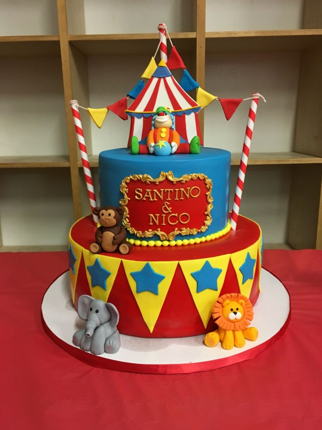 Carnival Birthday Cake Circus Birthday Cake 1st Birthday Pinterest Birthday Circus
