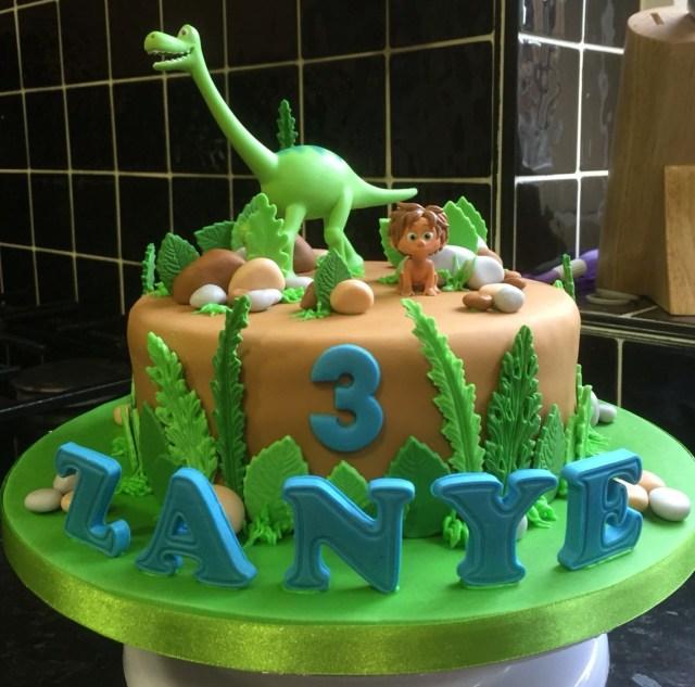 Dinosaur Birthday Cake The Good Dinosaur Birthday Cake Dinasaur Cakes Pinte