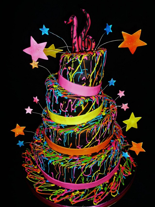 Glow In The Dark Birthday Cake Wedding And Other Theme Cakes For October 2013 Cakes And Cupcakes