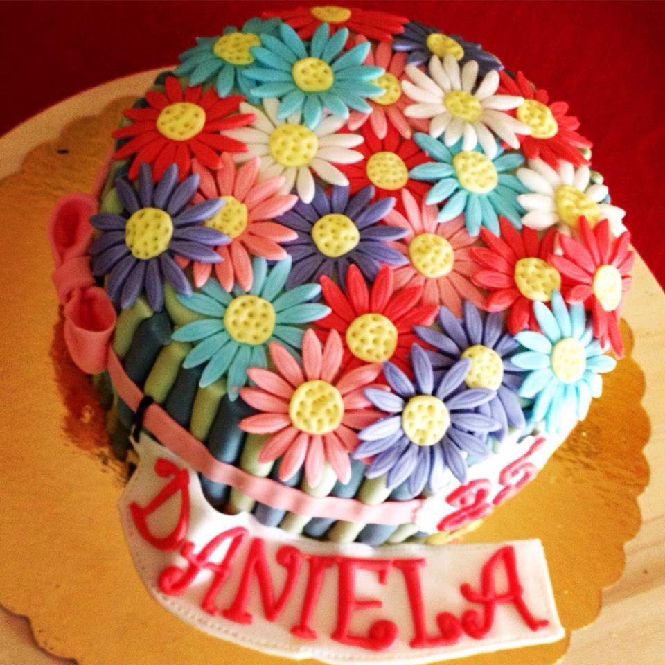 Outstanding Happy Birthday Cake And Flowers Daisy Cake Flowers Happy Birthday Funny Birthday Cards Online Alyptdamsfinfo