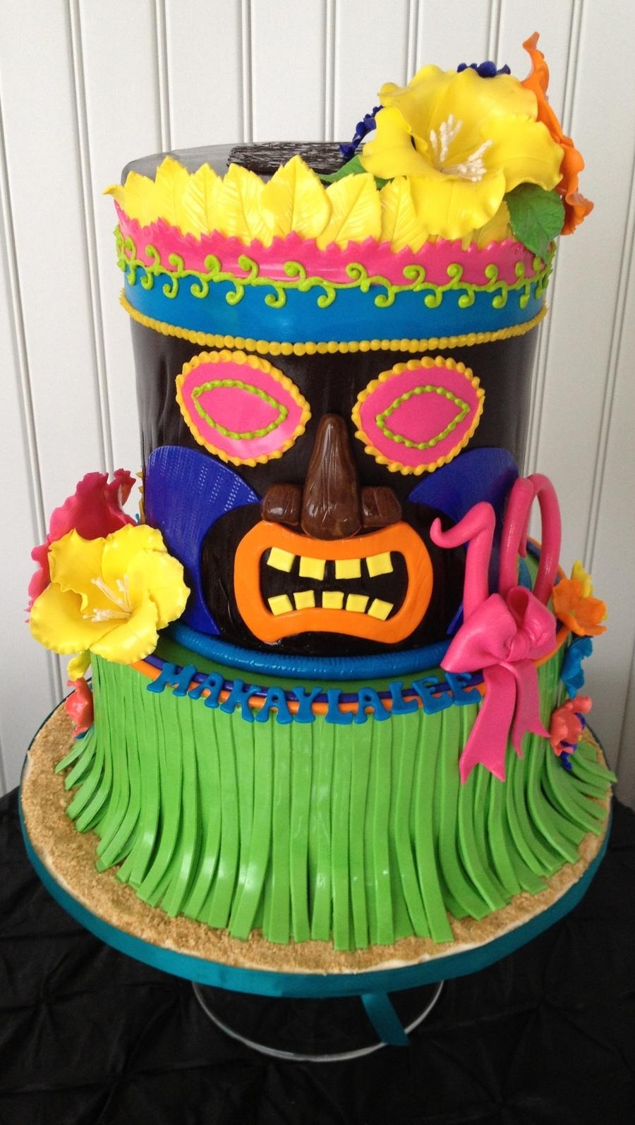 Surprising Hawaiian Birthday Cake Luau Tiki Man Birthday Cake Cakecentral Funny Birthday Cards Online Alyptdamsfinfo