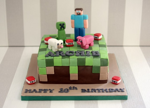 Minecraft Birthday Cakes Minecraft 10th Birthday Cake Bakealous