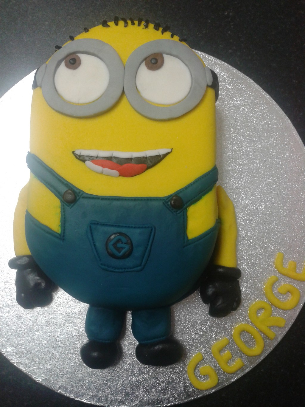 Prime Minion Birthday Cake Images Despicable Me Minion 6Th Birthday Cake Funny Birthday Cards Online Fluifree Goldxyz