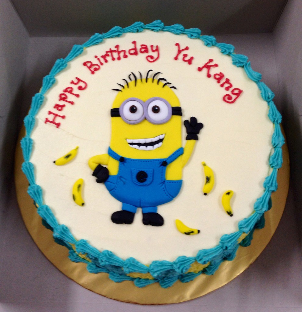 Fantastic Minion Birthday Cake Images Top 10 Crazy Minions Cake Ideas Personalised Birthday Cards Epsylily Jamesorg