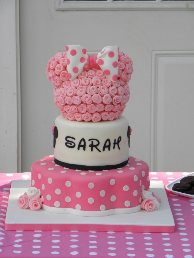Minnie Mouse Birthday Cakes Minnie Mouse Birthday Cake Cakecentral