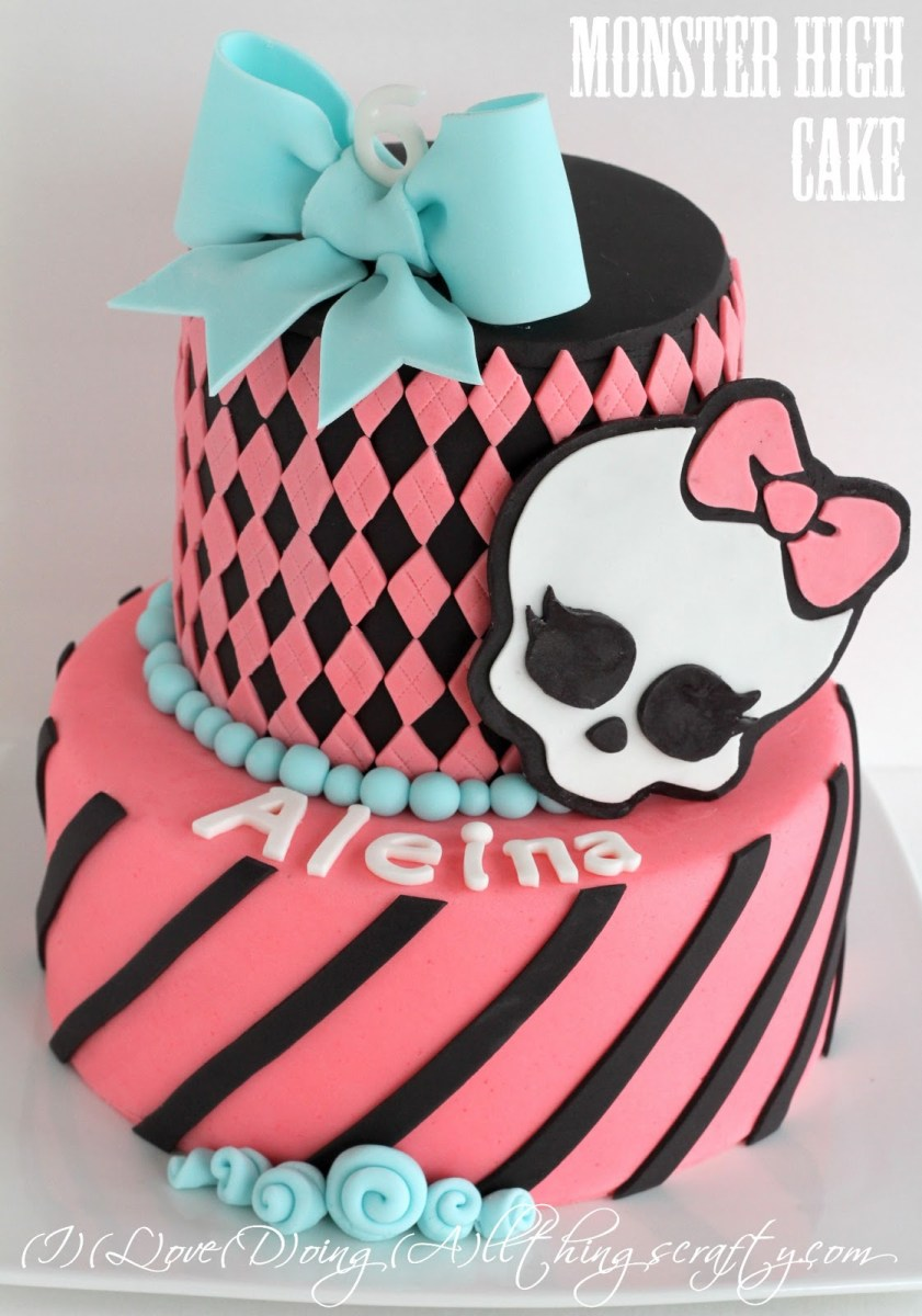 Brilliant Monster High Birthday Cakes 9 All Kinds Of Monster High Cakes Funny Birthday Cards Online Inifofree Goldxyz