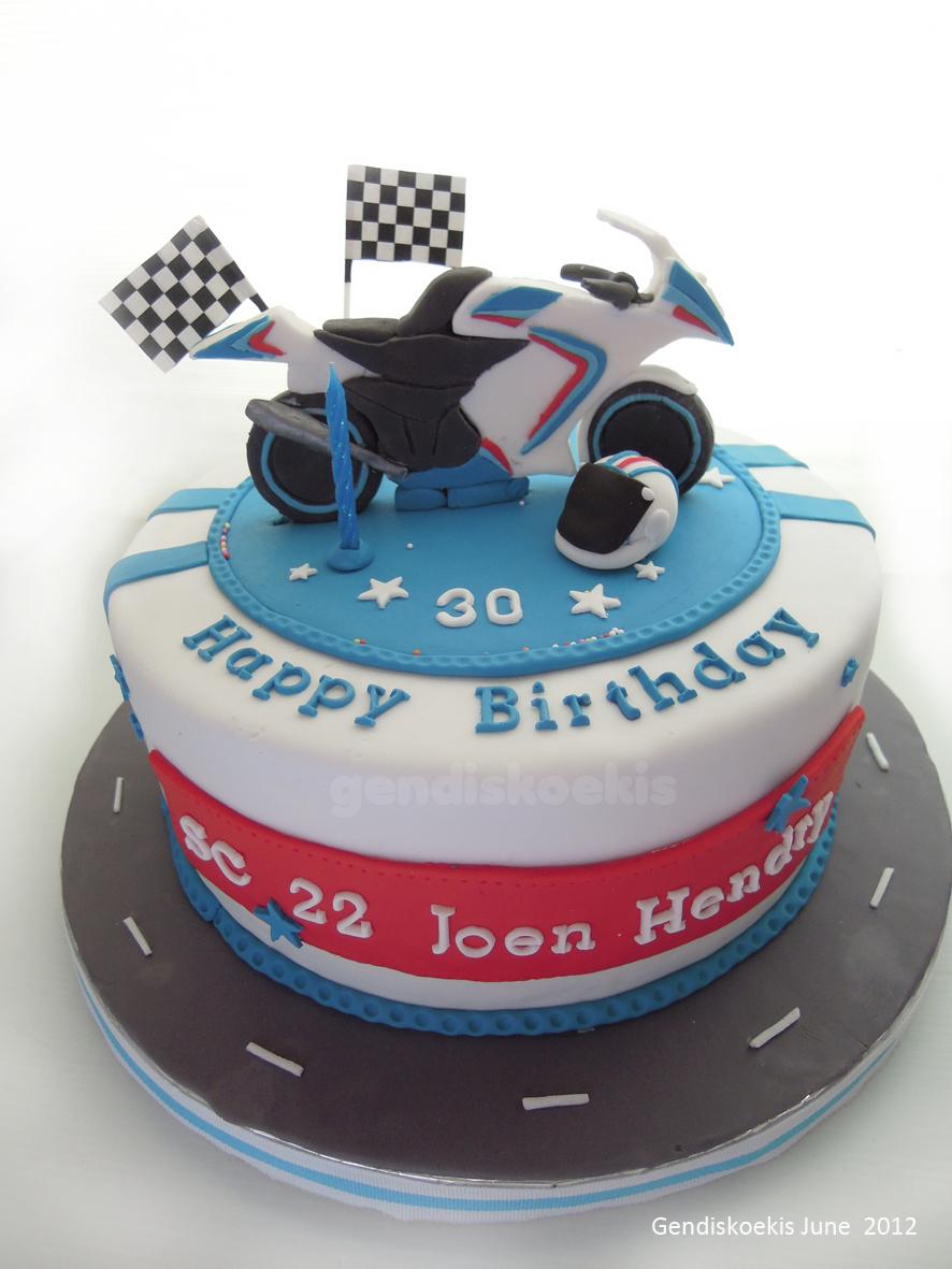 Astounding Motorcycle Birthday Cake Gendiskoekis Sport Motorcycle Birthday Personalised Birthday Cards Epsylily Jamesorg