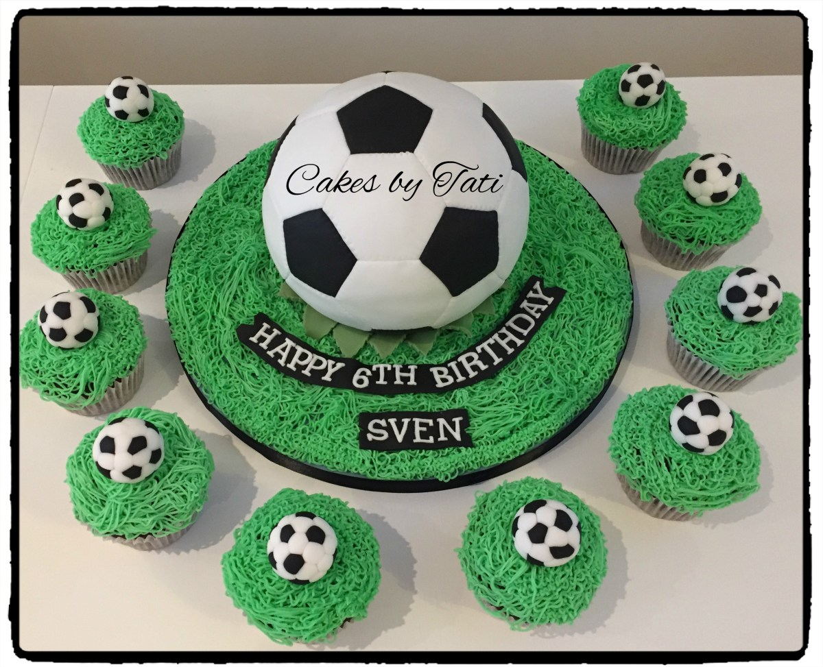 Fantastic Soccer Birthday Cake Soccer Cake With Matching Cupcakes Childrens Funny Birthday Cards Online Overcheapnameinfo