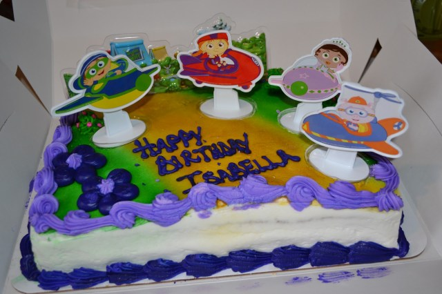 Super Why Birthday Cake Moms Got A Brand New Bag Cupcakes Super Why Themed Birthday Party
