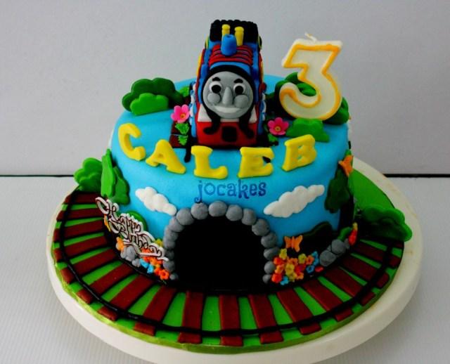 Thomas The Train Birthday Cakes Thomas Train Birthday Cake 11 3 The Cakes Photo