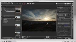 Bild: Corel AfterShot Pro kennt viele Kamera-Objektiv-Kombinationen, so auch NIKON D700 mit CARL ZEISS Distagon T* 3,5/18. Klicken Sie auf das Bild um es zu vergrößern.