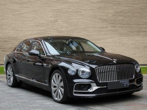 BENTLEY FLYING SPUR img-1 sports car hire