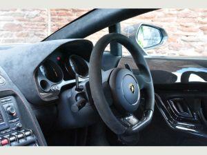 Lamborghini Gallardo limo hire birmingham prices