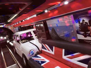 Party Bus Limos in Birmingham for hire