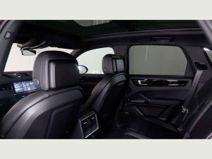 Porsche Cayenne Chauffeurs Hire London Prestige Sportscar