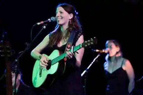 Martha-Tilston-live-6547D2