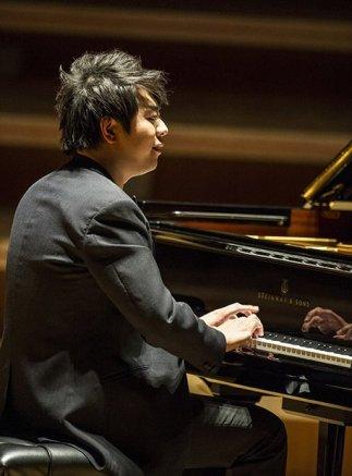 Lang Lang @ Symphony Hall, Fri 4th April - by Steve Thorne