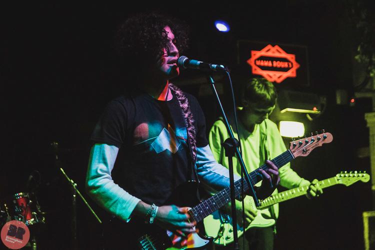 Junior Weeb – supporting The Sunset Beach Hut @ Mama Roux's 21.12.17 / Aatish Ramchurn – Birmingham Review