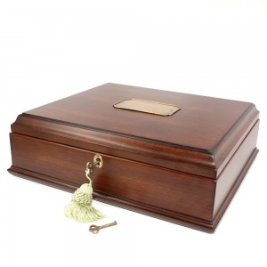 Wooden-Treasure-Box