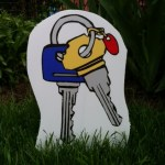 Keys Lawn Ornament