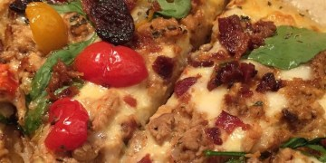 How To Prepare Blackened Chicken Alfredo Pizza