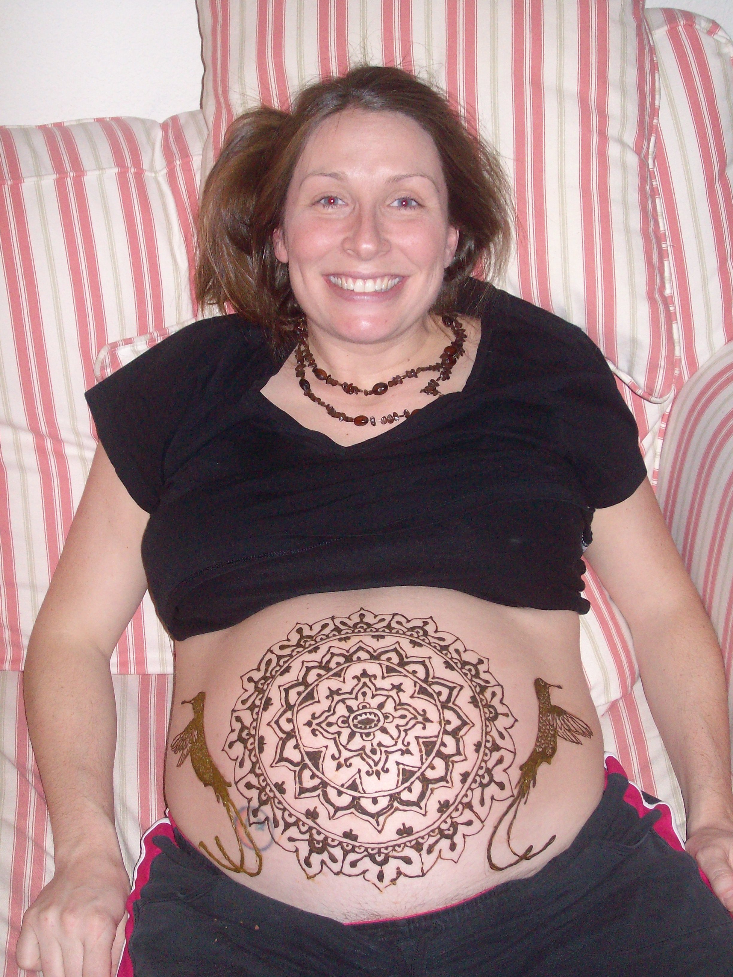 Jamie with her henna belly