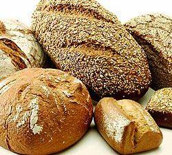 Bermacam-macam roti yang diberi ragi