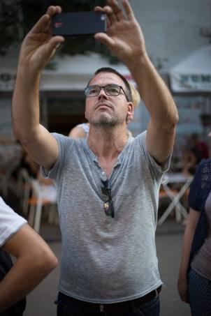 Jens, einer unserer Journalisten lässt sich durch nichts und niemandem an seiner Arbeit hindern