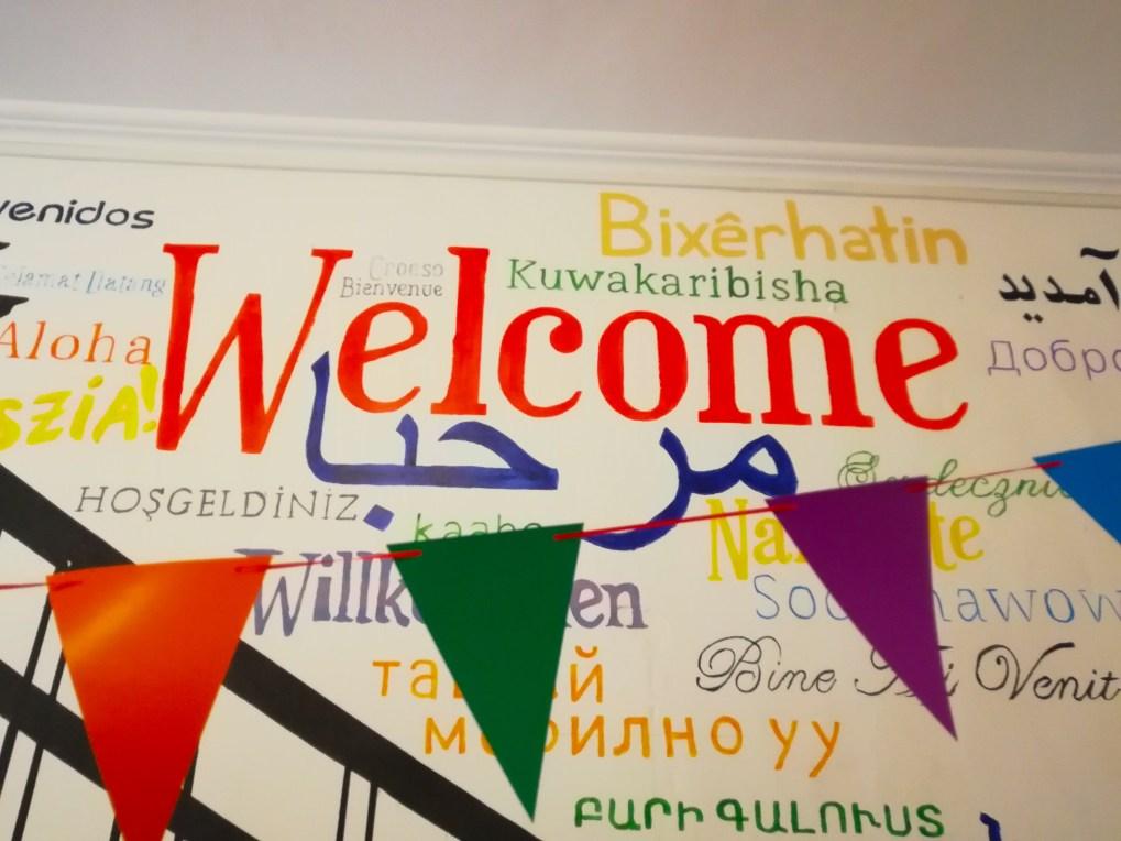 Die Besucher von Kalunba Budapest werden in allen möglichen Sprachen begrüßt
