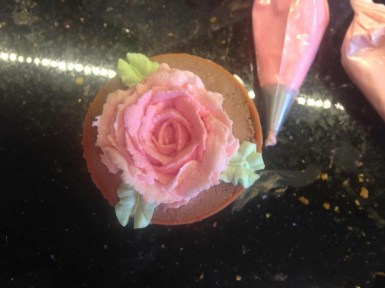 Cheesecake roses
