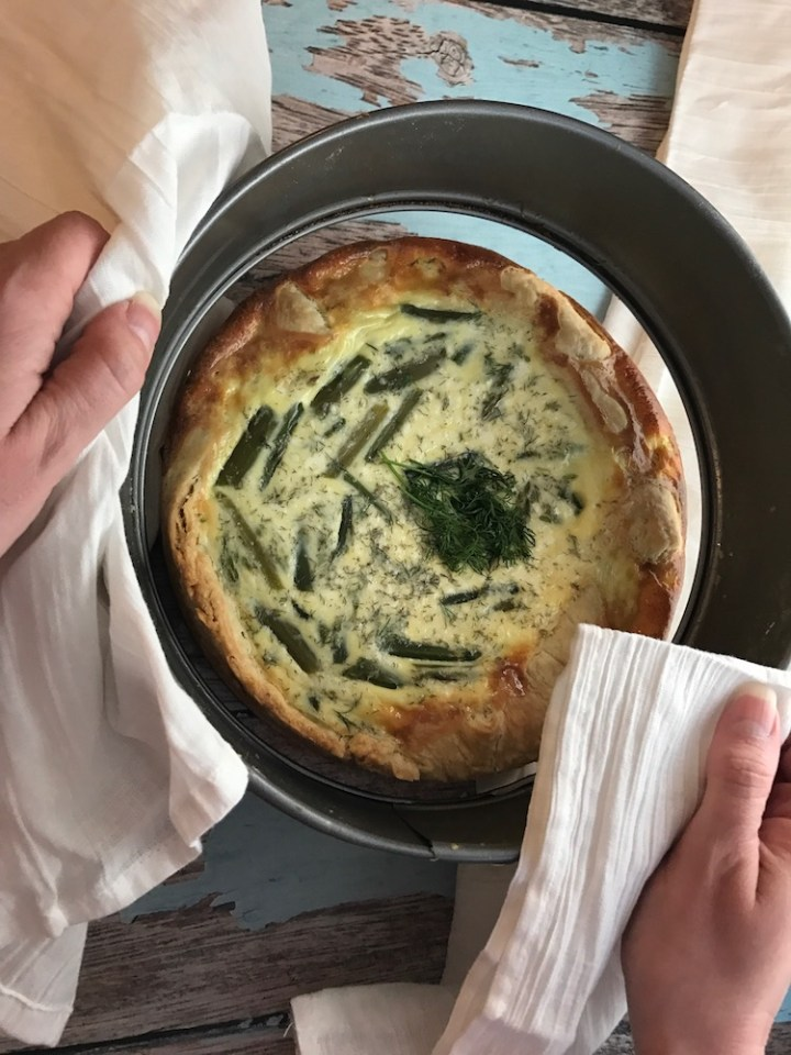 This easy to make asparagus, goat cheese, and dill quiche is perfect for spring, easily adaptable, and great for Easter Brunch!