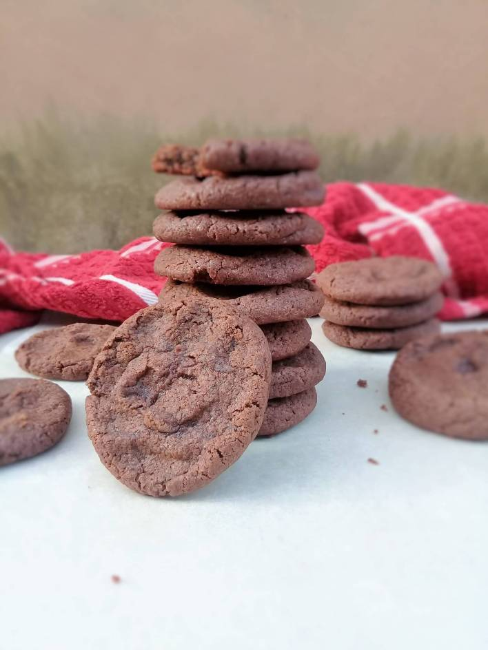 Easy chocolate cookies; these cookies literally melts in your mouth