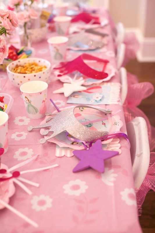 Decorate Princess Crowns and Wands!