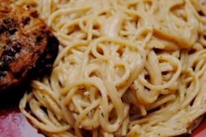 Creamy Garlic Pasta with Dill