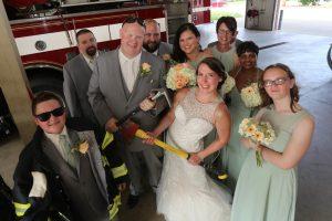 unique wedding photos Elyria Ohio