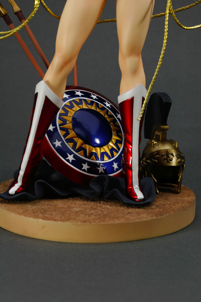 dc-comics-wonder-woman-bishoujo-statue-5
