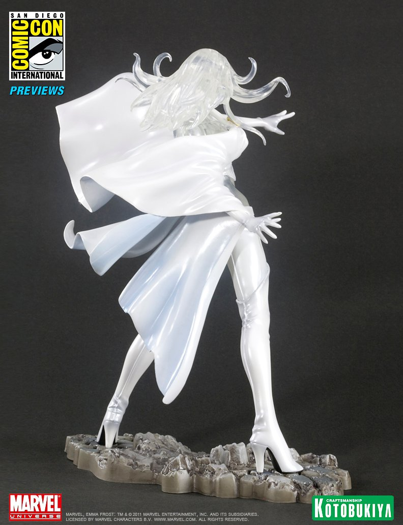 emma-frost-sdcc-2011-exclusive-bishoujo-statue-marvel-kotobukiya-3