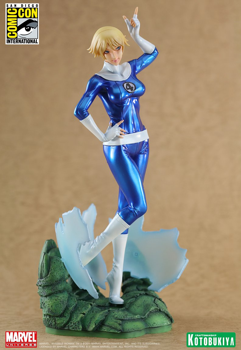 marvel-comics-invisible-woman-sdcc-2011-exclusive-bishoujo-statue-2