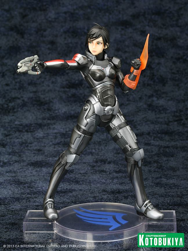 mass-effect-3-commander-shepard-bioware-exclusive-bishoujo-statue-black-hair-kotobukiya-3