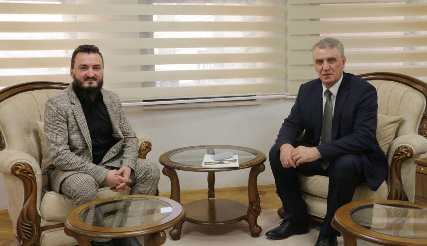 Drejtori për diasporë Ekrem Simnica priti në takim Xheladin Leka imam në Zvicërr
