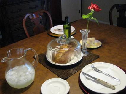 A very simple but romantic tablescape for dinner