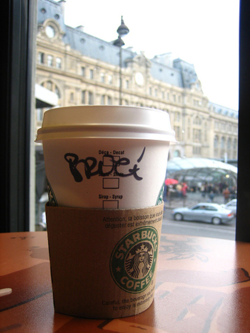 Starbucks France: www.flickr.com/photos/75773422@N00/1490569231