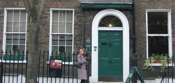 15 Minutes with Charles Dickens