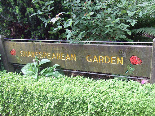 How to Plant a Shakespeare Garden