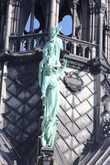Notre Dame facade 2